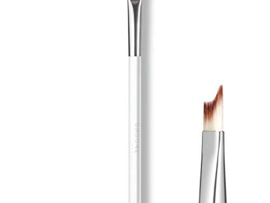 Handcrafted Angled Winged Eye Brush One Touch Cat Eye UNDONE BEAUTY Eye Shadow Liner Brush For Precise Outer Eye Lash Line Definition Soft Durable Bristles Vegan Cruelty Free 0 540x405 c