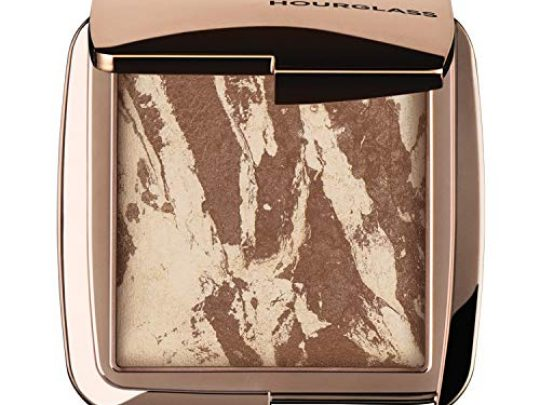 Hourglass Ambient Lighting Bronzer in Diffused Bronze Light Highlighting Bronzer for a Natural Sun Kissed Glow Vegan and Cruelty Free 0 540x405 c